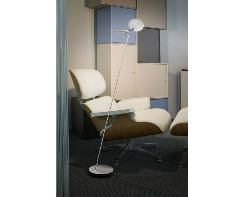 https://www.puurdesign.nu/media/catalog/product/b/a/baltensweiler-oyo-s-gerritsma-interieur-vloerlamp-led-verlichting2.png
