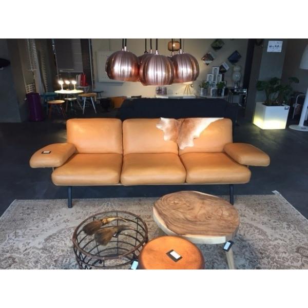 Newport Sofa (showroommodel)