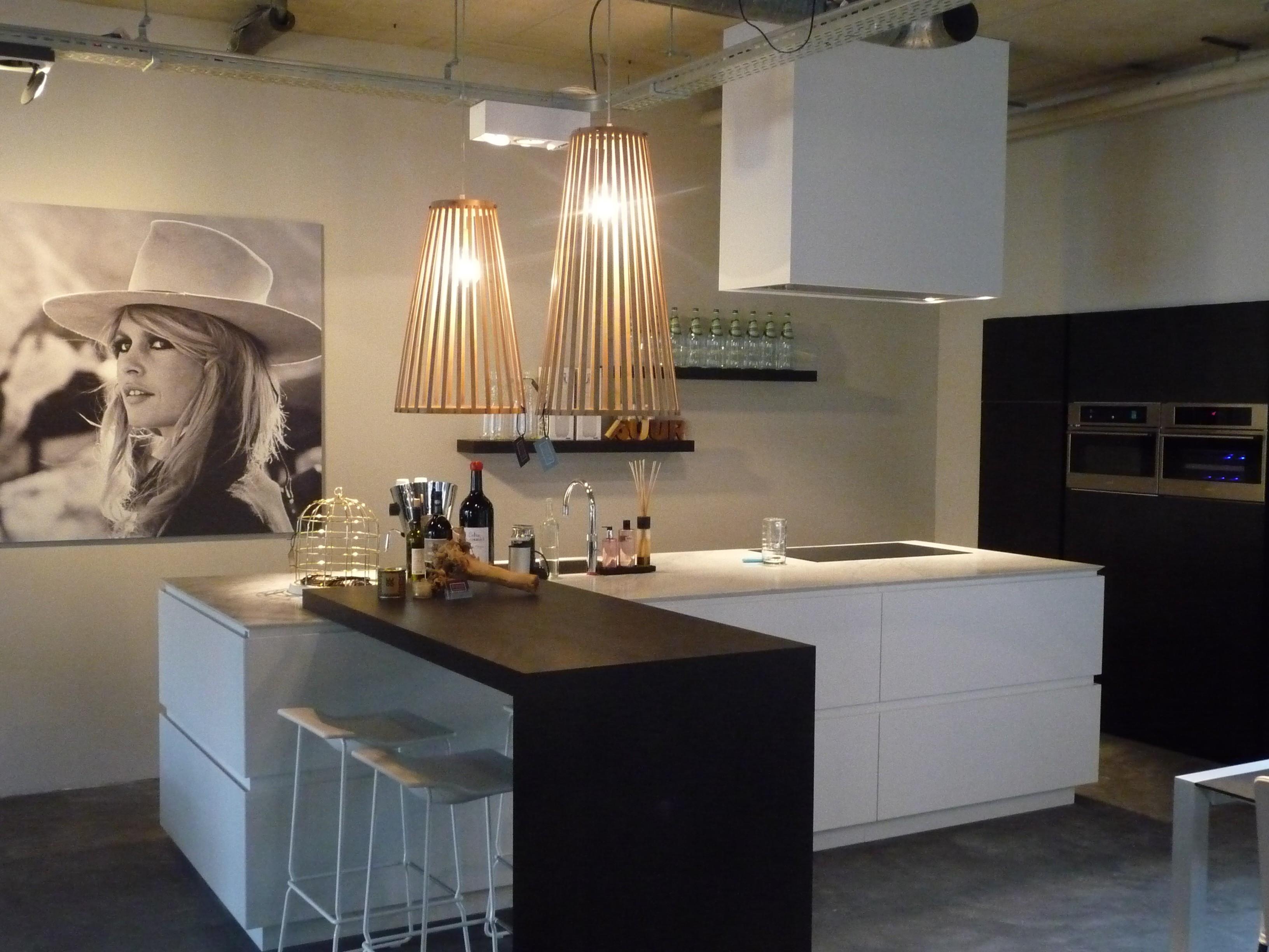 Keuken Met Bartafel : Gatronome maatwerk keuken van PUUR Design & Interieur – Naar ontwerp