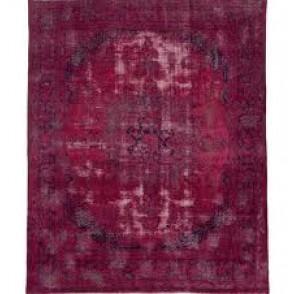Recoloured Red tapijt van ICE by Marc Janssen