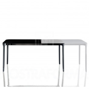 Vanity Table van Magis