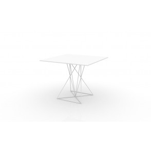 Vondom Faz table