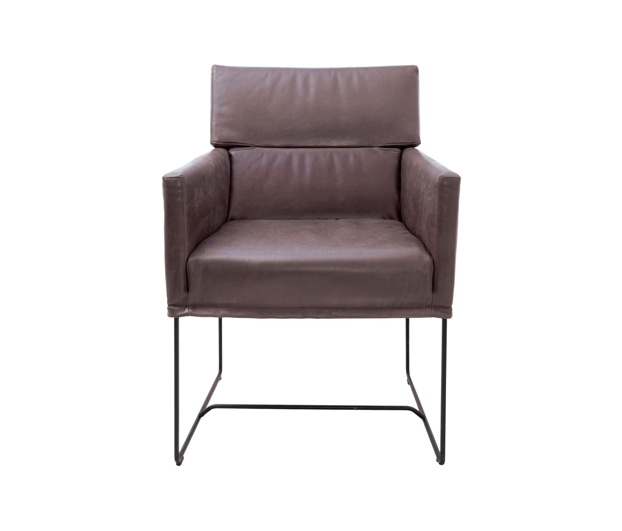 De moderne caal eetkamerstoel is ontworpen door steven schilte voor kff. de ruime en ergonomische zitting ...
