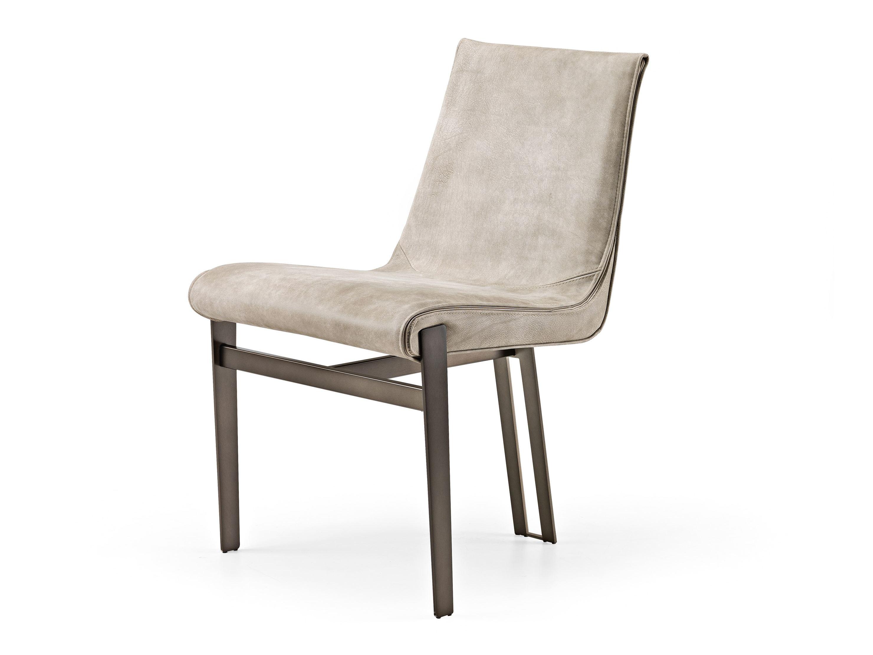 De venus eetkamerstoel van arketipo wijkt af van de klassieke vormgeving om een nieuwe minimalistische en ...